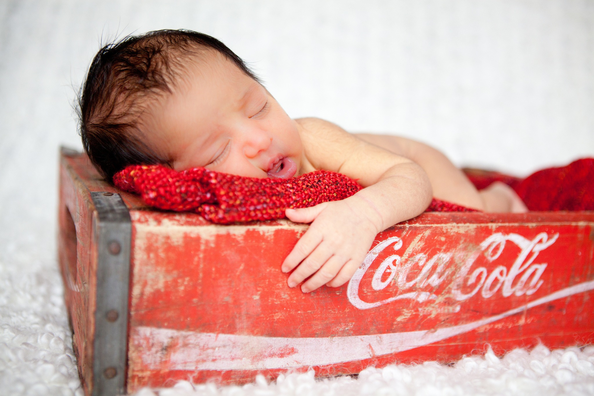 baby box sleep Coca Cola