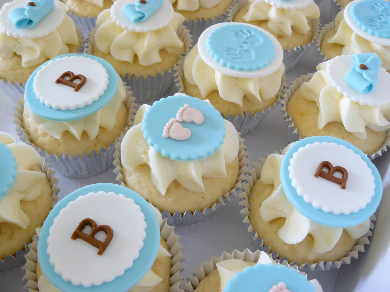 Decorating Baby Shower Cupcakes 70 baby shower cakes and cupcakes ideas