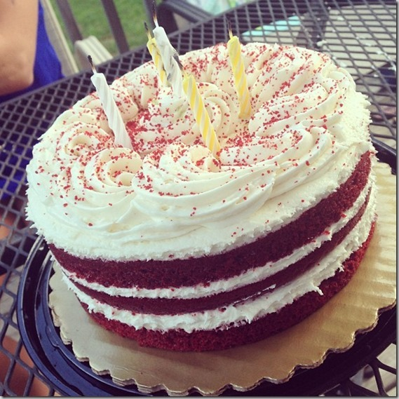 red velvet birthday cakes