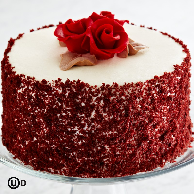 Images Of Red Cake : Ravishing Red Velvet Cake Recipe   Dishmaps