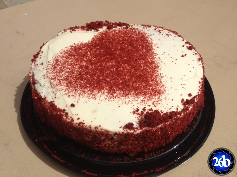 red velvet valentines birthday cake