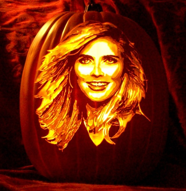 Pumpkin Carving Heidi Klum