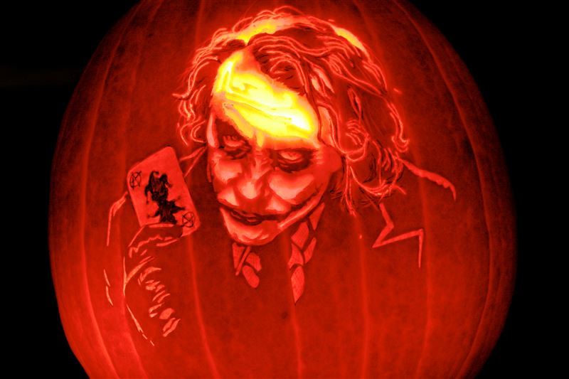 Pumpkin portraits The Joker