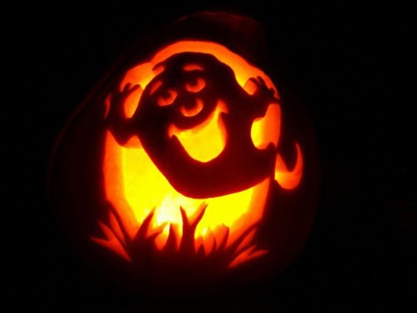 ghost pumpkin Carving design